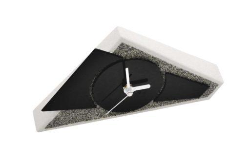 Moderne Standuhr schwarz
