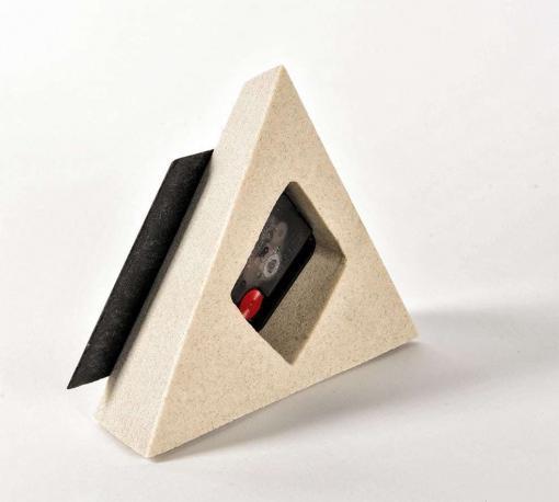 Standuhr Pyramiede